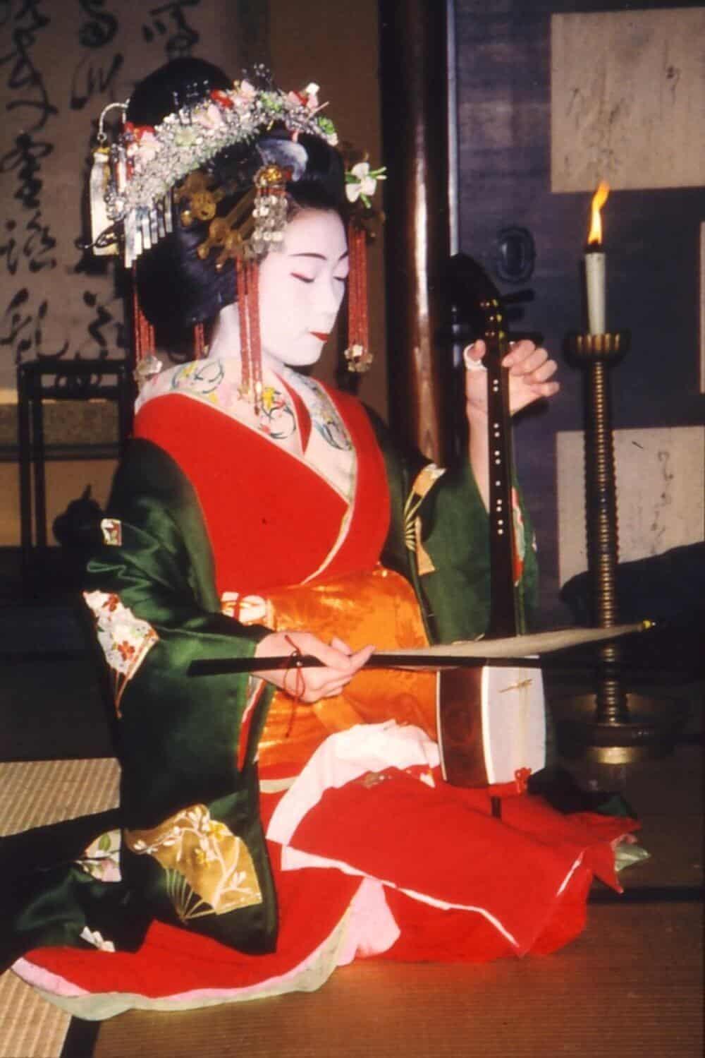 A flamboyantly dressed courtesan